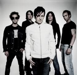 APOPTYGMA BERZERK - You And Me Against The World