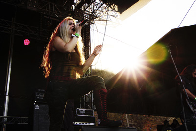 Vicky Psarakis (THE AGONIST)